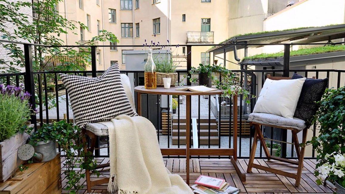 malenkij-balkon-305-1156x650-3883083